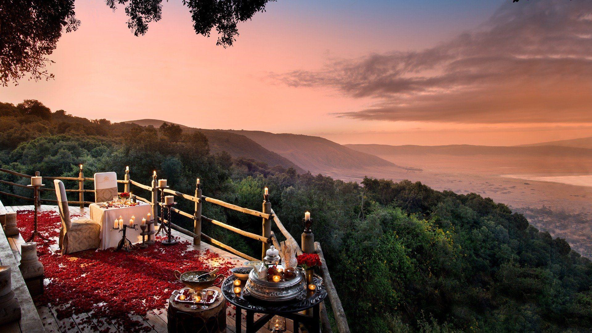 romantic honeymoon african safari dinner